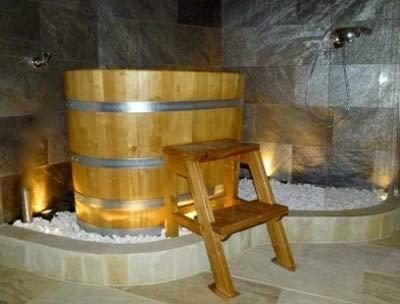 swaddyl Sauna Tauchbecken I Tauchfass I Tauchbottich aus Akazienholz 130x80x80cm mit Leiter