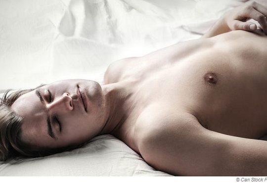 Darum solltest du nach der Sauna nackt Schlafen